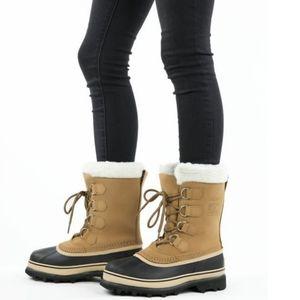 Sorel Caribou boots size 5